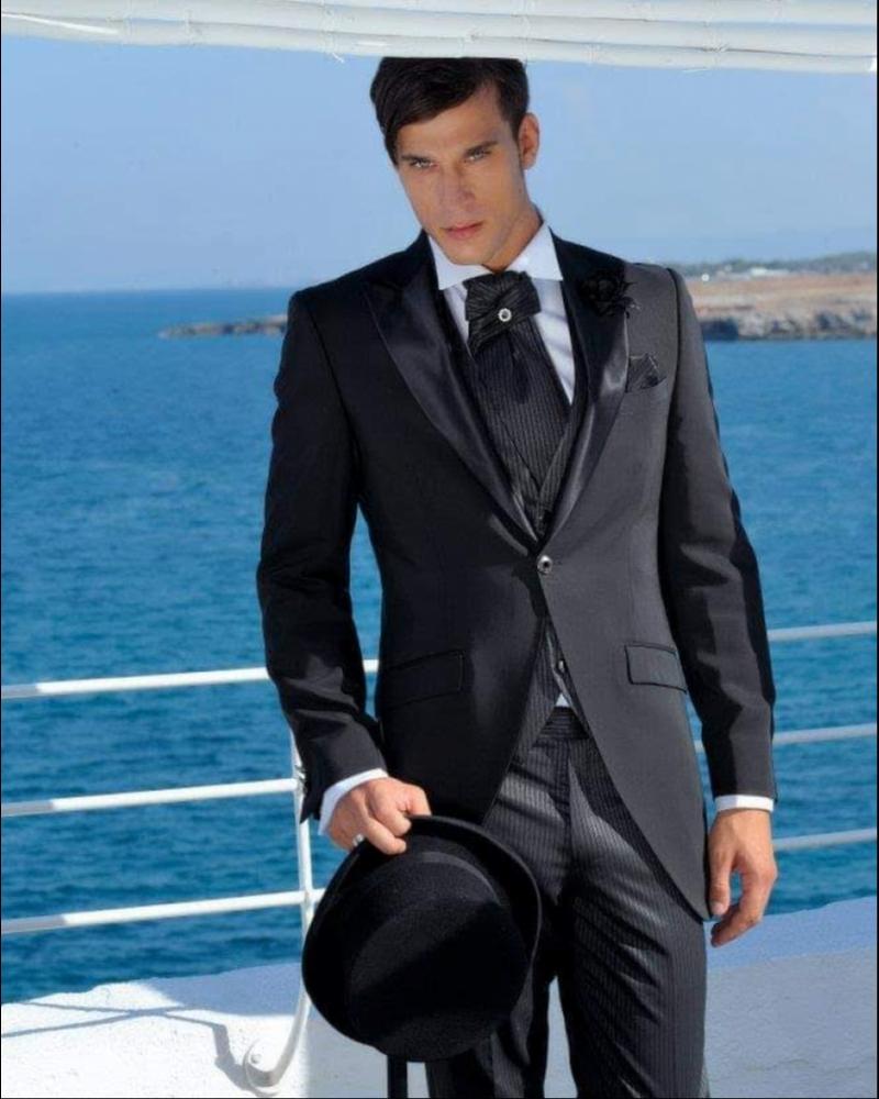 Итальянский мужской костюм тройка