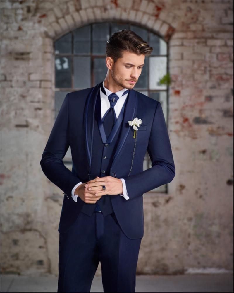 Свадебный костюм тройка синего цвета